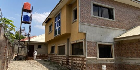 Well Finished 7 Bedroom Detached House